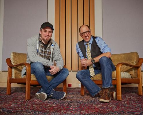 Tim Hecking und Thomas Krug im Studio von Sounzz